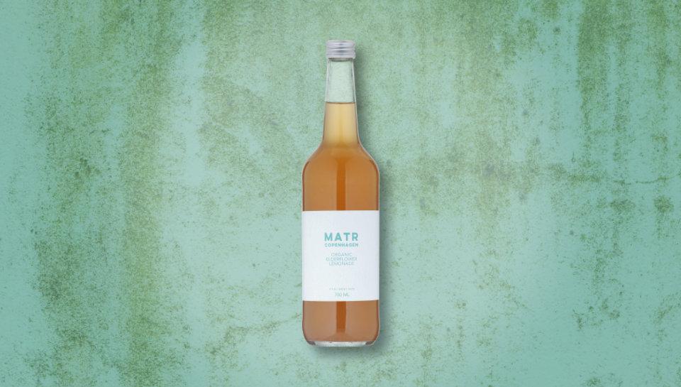 Økologisk hyldeblomst lemonade i glasflaske